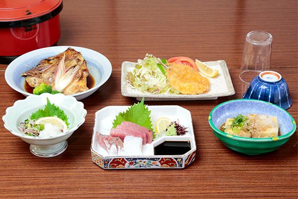民宿リッチの宿泊料理